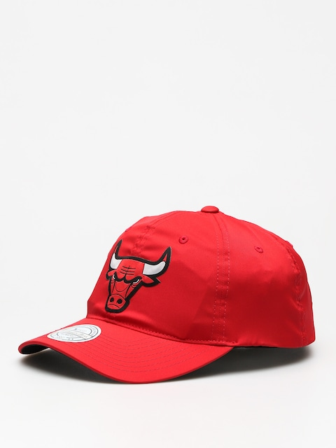 Šiltovka Mitchell & Ness Light & Dry Chicago Bulls ZD (red)